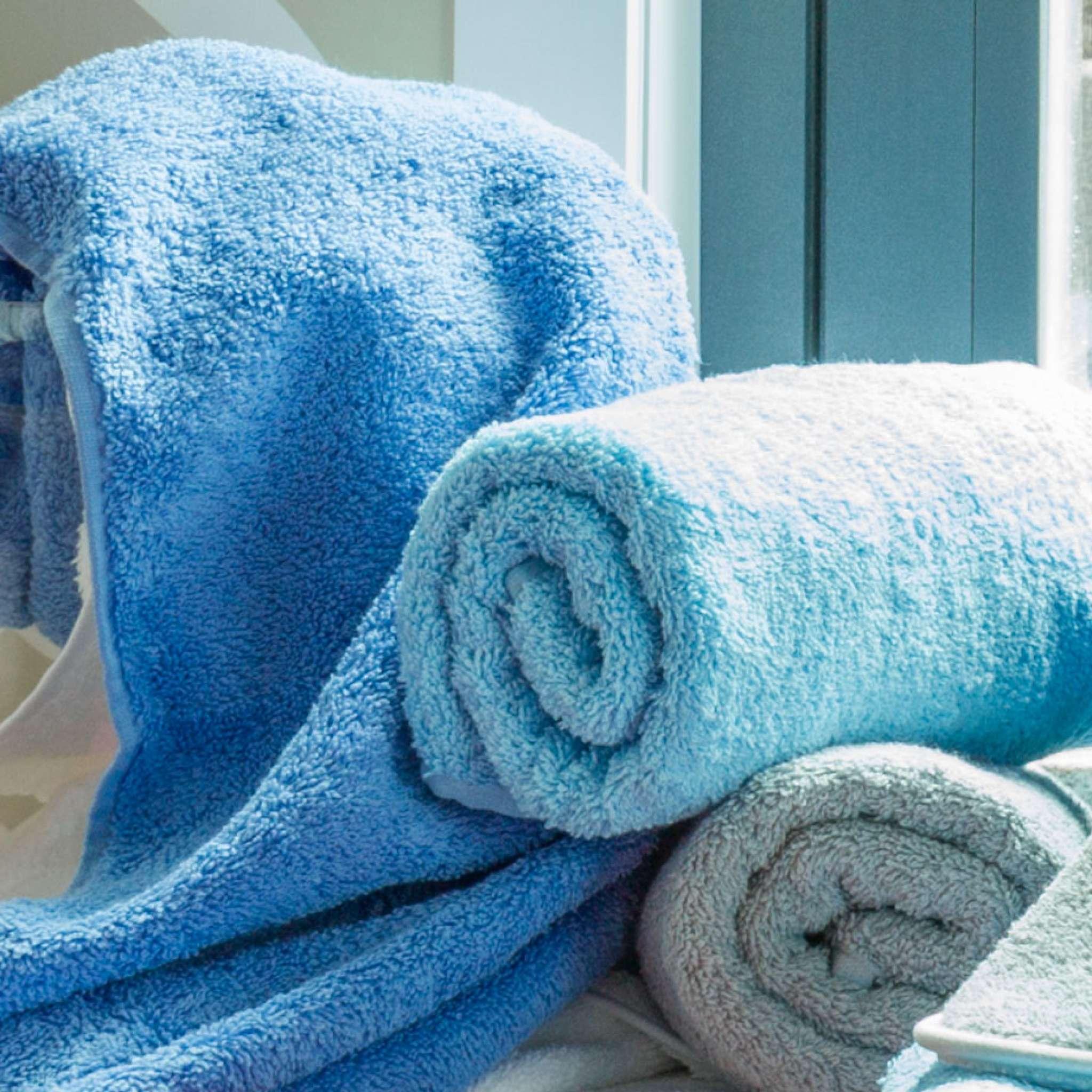 Broderingsbonus: GRATIS Pure exclusive Håndhåndkle