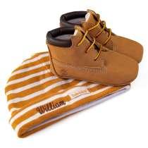 Timberland sett - sko og lue med brodert navn på luen