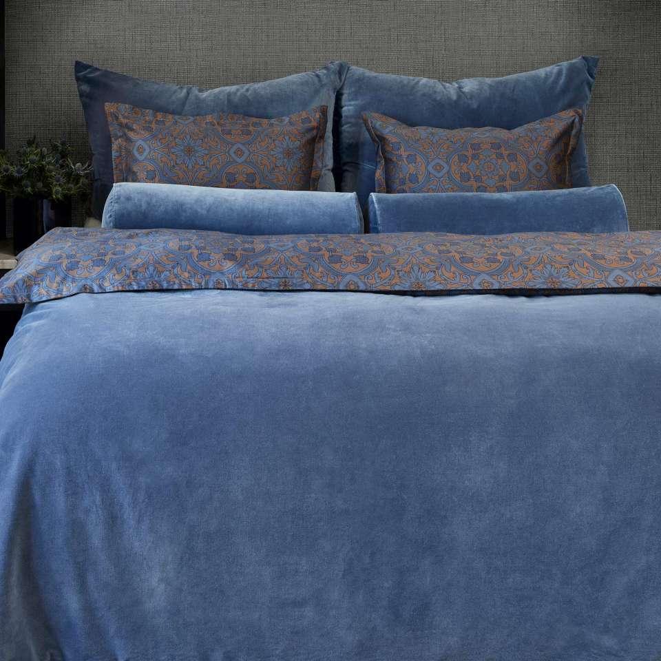 Sir William sengesett av Halvor Bakke, Blå Dobbeltdyne